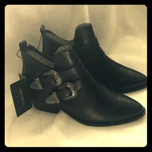 Forever 21 Brand new booties